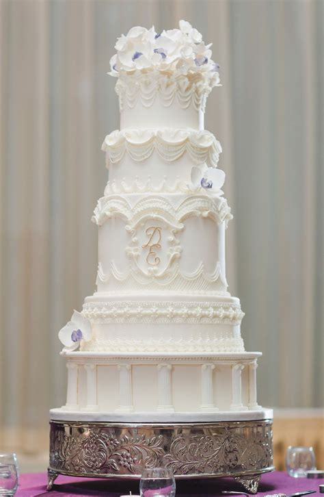 commission  perfect wedding cake weddingbells