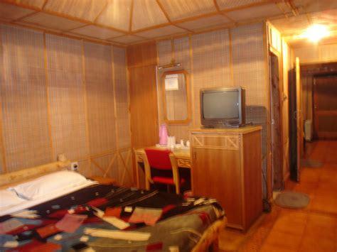 snow king retreat  shimla kufrione    hotel