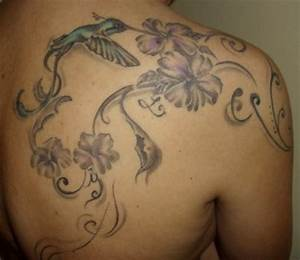 Tattoos Frauen Schulter : 40 schulter tattooideen fr mnner und frauen polynesian tattoos ~ Frokenaadalensverden.com Haus und Dekorationen
