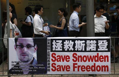 china  edward snowden leave hong kong   valid passport