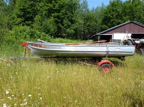 Alumacraft Boat Models by Vintage Alumacraft 14 Model Fl Boat With Trailer For Sale