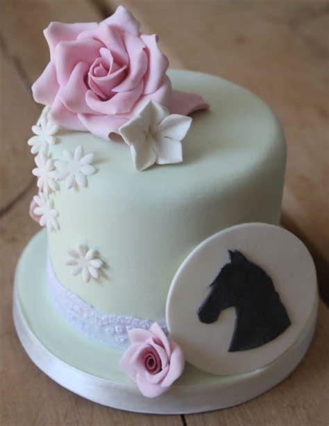 mini  pretty horse themed cake cake  sugar spice