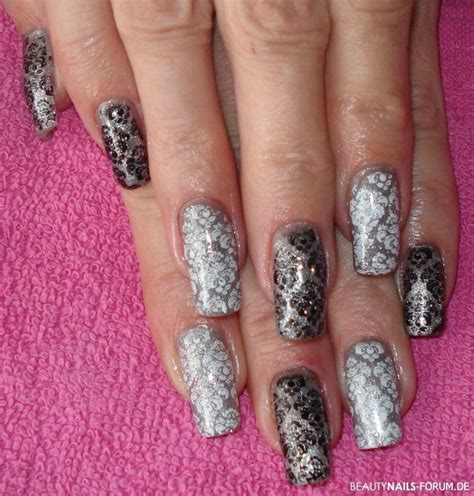 nageldesign schwarz silber schwarz wei 223 silber sting nails nageldesign
