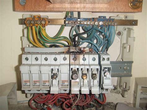 remplacer porte cuisine changer tableau électrique conseils des bricoleurs sché de branchement