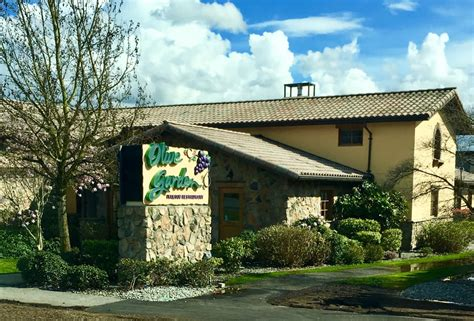 what time does olive garden open today olive garden opening hours 20080 langley bypass
