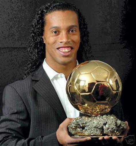 Ronaldinho with Ballon D Or