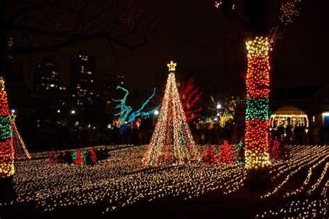 zoolights at chicago s lincoln park zoo