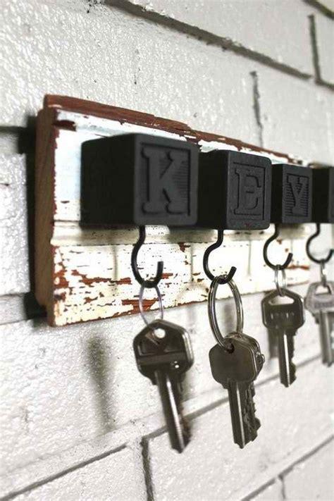 creative key holder ideas craft projects   fan