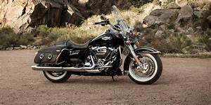 2019 Road King Classic Motorcycle