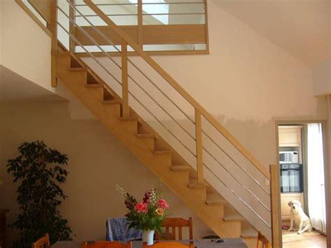 escalier re sur re limon d escalier en bois pose de limon d escalier en bois dans le nord nord escaliers