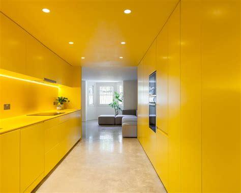 yellow kitchen floor lo studio russian for fish usa il giallo fluo per 1218