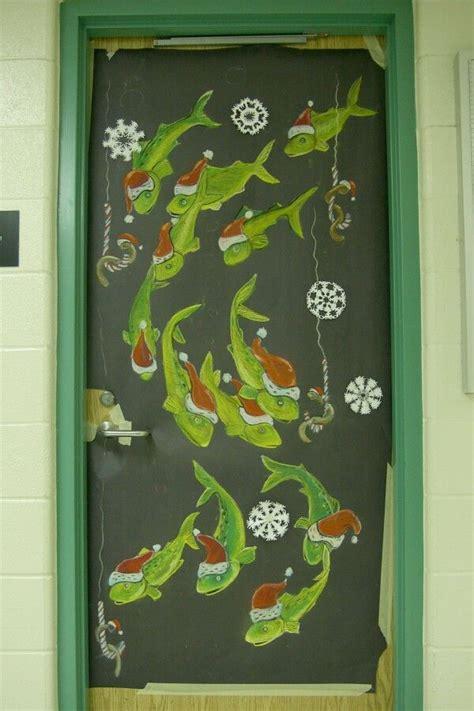 christmas door decoration for six graders science decor on doors secondary brton door decorating contest