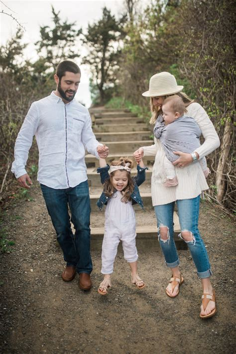 Family Picture Outfit Ideas - Lynzy u0026 Co.