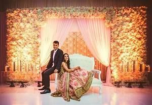 10 Gorgeous Wedding Reception Decorations Under ₹20,000