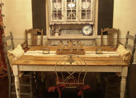 Charm Rustic Dining Room Furniture