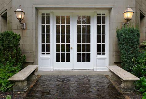 Exterior Door With Window by Exterior Doors New Beginnings Window Door Serving