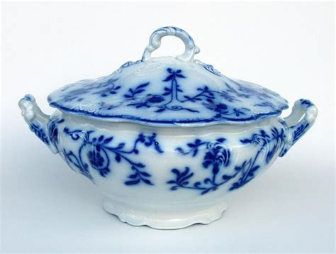 blue and white china l silver quill antiques and gifts flow blue staffordshire