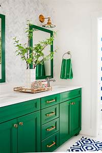 5 Fresh Bathroom Colors To Try In 2017 HGTV39s Decorating