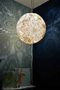 Schlafzimmer Lampe Selber Machen : diy lampe 40 verlockende und interessante bastelideen ~ Markanthonyermac.com Haus und Dekorationen