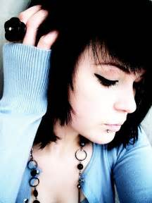 Cute Emo Girls with Short Black Hair