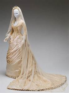 victorian wedding dress it was in the victorian era that With victorian era wedding dresses