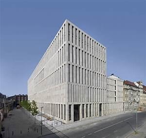 Centre De Berlin : jacob and wilhelm grimm centre max dudler archdaily ~ Medecine-chirurgie-esthetiques.com Avis de Voitures