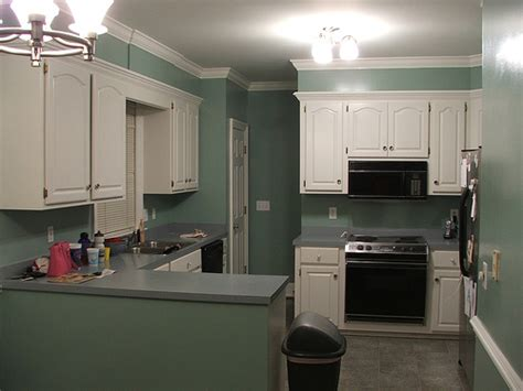 ideas for painting kitchen cabinets photos painting kitchen cabinets ideas homes gallery