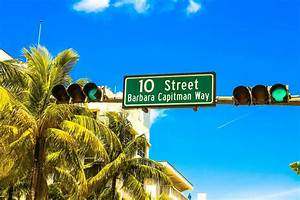 Four Way Stop Light Miami Commissioner Wants A Study On Solar Powered Traffic