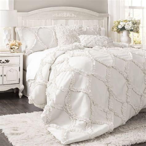 17 best ideas about ruffled comforter on pinterest