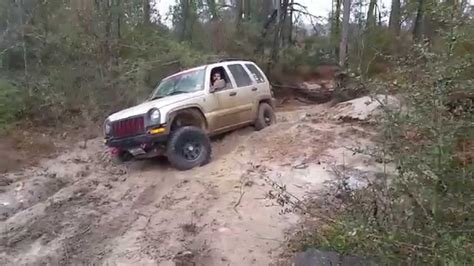 jeep commander vs liberty jeep commander xk vs jeep liberty kj at torr youtube