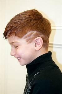 Kinderzimmergestaltung Für Jungs : aktuelle jungs frisuren ~ Markanthonyermac.com Haus und Dekorationen