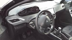 Interieur Peugeot 2008 Allure : essai video peugeot 2008 1 6 e hdi 115ch allure essais ~ Medecine-chirurgie-esthetiques.com Avis de Voitures