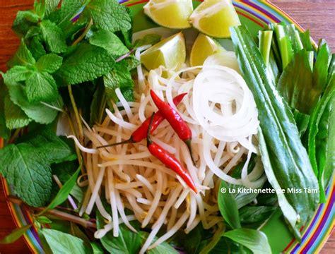 cuisine vietnamienne traditionnelle phở bò soupe pho au boeuf recette et