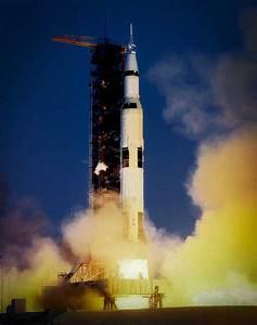 Apollo 13 Take Off - Pics about space