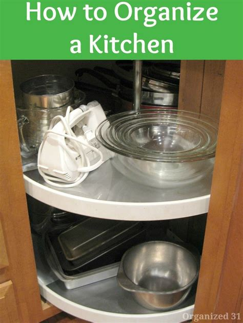 how to keep kitchen clean and organized 1000 images about top organizing on 9465