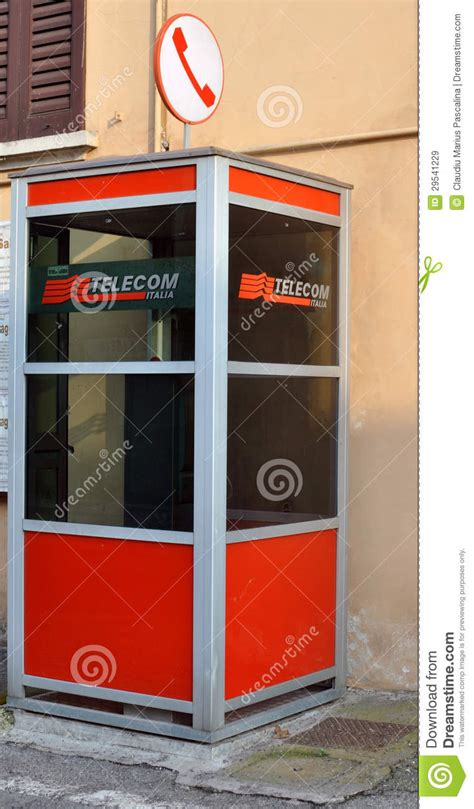 cabine telecom telecom publiques de cabine t 233 l 233 phonique en italie image