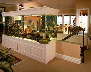 La D U00e9coration Avec Un Meuble Aquarium