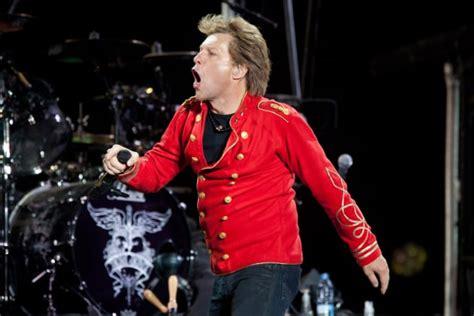 Jon Bon Jovi Opens Charity Based Restaurant Awesome