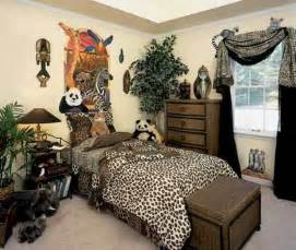home interior prints trends in home decorating bring prints into modern room decor
