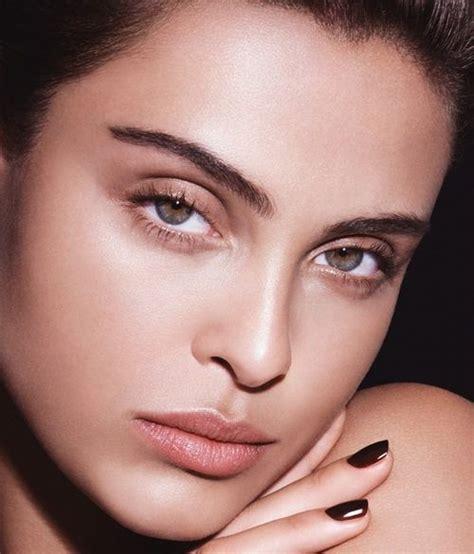Визажист рассказала какие ошибки в макияже допускает большинство женщин