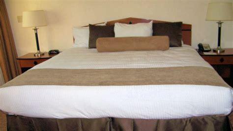 lit king size taille combien mesure un lit king size