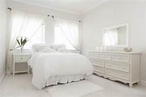 Schlafzimmer In Weiß Einrichten : schlafzimmer romantisch weiss ~ Michelbontemps.com Haus und Dekorationen