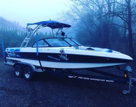 Wakeboard Boat Financing by Used 2001 Mercury Tige 21i Riders Edition Wakeboard Boat