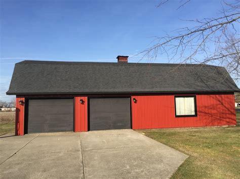 Barn With Black Trim by Steel Siding Trim Gambrel Barn Sherwood Ohio