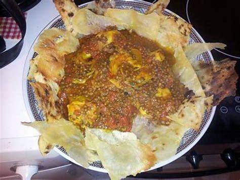 cuisine marocaine en arabe recette de sael r 39 fissa plat marocain poulet lentilles