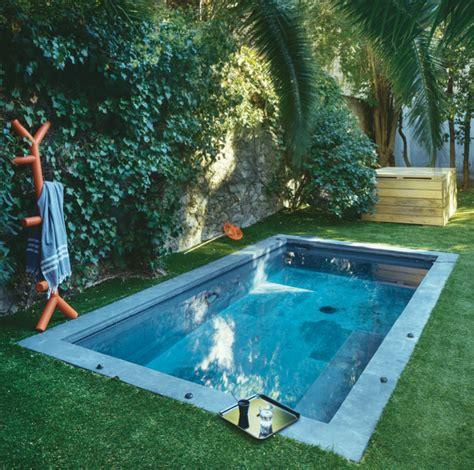 bassin dans le jardin idee ete amenagement