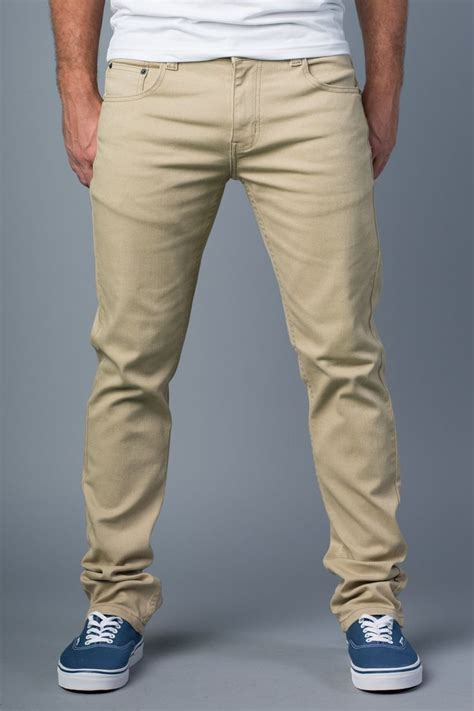 Men Khaki Pants Outfits- 30 Ideal Ways to Style Khaki Pants