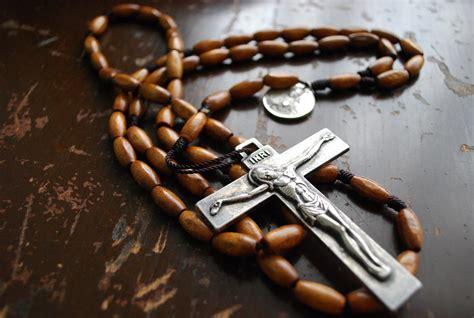 rosary tattoos ideas meaning rosary beads tattoo