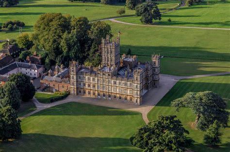 highclere castle  downton abbey  listing  airbnb   night  tatler hong kong