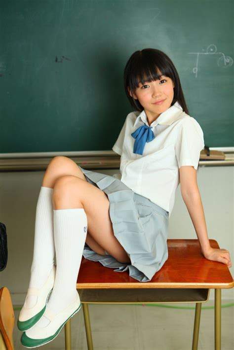 Upskirt Little Japanese Schoolgirls